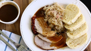 roast_pork_with_dumplings_and_sauerkraut
